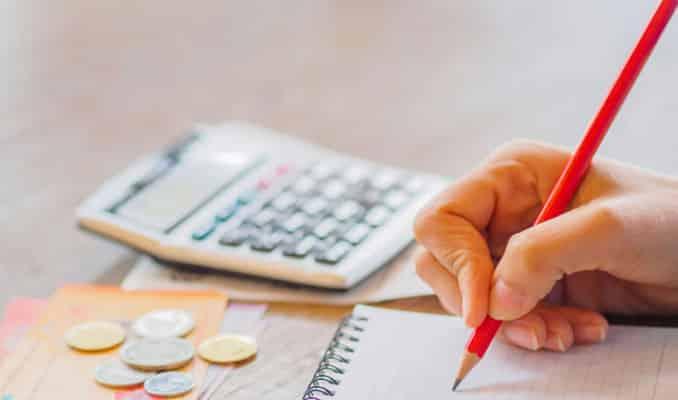 instrutor financeiro cheque especial
